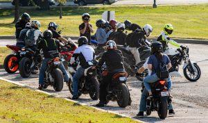 bikers-5644753_1920-300x177